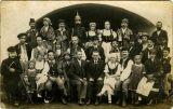 Křenovičtí a podolští ochotníci kolem r. 1920